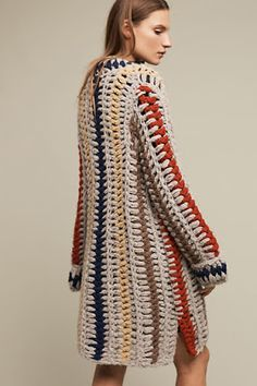 Being Bohemian: Fall 2016 New Arrival Clothing Favorites 45 Crochet Cardigan For Your Wardrobe This Winter - Summer Fashion New Trends Crochet Coat, Crochet Jacket, Crochet Cardigan, Crochet Clothes, Anthropologie Clothing, Diy Kleidung, Cardigan Pattern, Crochet Fashion, Hand Knitting
