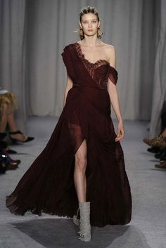 Marchesa RTW Fall 2014 - Slideshow - Runway, Fashion Week, Fashion Shows, Reviews and Fashion Images - WWD.com