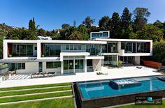 Inspiration for Cara Valencia's home 1232 Sunset Plaza Drive http://www.amazon.com/Hollywood-Giant-Desert-Pleasures-Blackwood-ebook/dp/B01ATR8ZU0/ref=asap_bc?ie=UTF8
