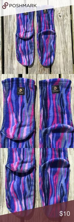 "RARE GROOVY STRIPE SOFT FLEECE ACORN WINTER SOCKS! RARE Designer Authentic Genuine Acorn Trippy Groovy Psychedelic Boho Hippie Hippy Hipster Festival Party Chic Cute Stripe Stripes Striped Pattern Design Print Winter Autumn Fall SOFT Fleece Slipper Socks || MSRP: $20.95+ || Brand new || Never used || NO flaws || Size: Women's Large (Best for a shoe size 8/8.5 or below??) || Measurements: Total Length - 15.5"" long • Length from heel to toe - 10"" long 