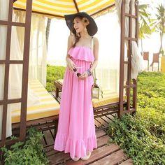 Смотрим подборочку тканей для такой модельки #aiberry_atelier #dresses #streetstyle #пошивназаказ #дизайн #ткани #тканивналичии #пошивпомеркам #стиль #платье #летнееплатье