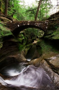 The Devil's Bathtub, Hocking Hills, Ohio