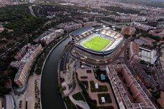 From breaking news and entertainment to sports and politics, get the full story with all the live commentary. Real Madrid, Foto Madrid, Sports Stadium, Football Stadiums, Manchester United, Valencia, Spain, World, Life