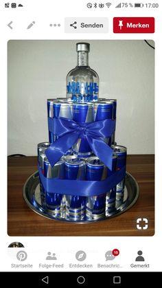 Torte für Männer – Presents for boyfriend diy Birthday Cakes For Men, Best Birthday Gifts, Man Birthday, Birthday Presents, 18th Birthday Present Ideas, Homemade Gifts, Diy Gifts, Liquor Gift Baskets, Diy Cadeau Noel