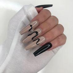 Plain Acrylic Nails, Long Square Acrylic Nails, Plain Nails, Acrylic Nails Coffin Short, Best Acrylic Nails, Ballerina Acrylic Nails, Acrylic Nail Designs Coffin, Black Coffin Nails, Edgy Nails