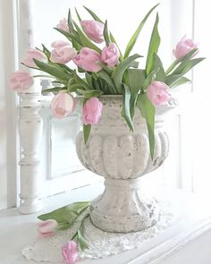 Pastel Colors, Colours, Valentines Greetings, Fruit Arrangements, Pink Tulips, Winter House, Easter Crafts, Red And Pink, Container Gardening