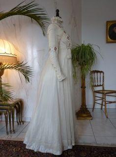 Reizvolles Hochzeitskleid, ca. 1910