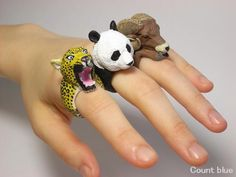 Jiro Miura's Whimsical Animal Rings - Cube Breaker Rabbit Sculpture, Ornament Drawing, Clay Bowl, Animal Rings, Cold Porcelain, Hobbies And Crafts, Art Lessons, Whimsical, Polymer Clay
