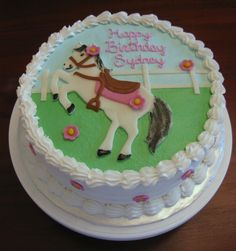 Horse Cake that my daughter would love!