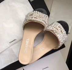 Pearl Sandals, Shoes Sandals, Shoes Sneakers, Heels, Cute Flats, Cute Shoes, Me Too Shoes, Sock Shoes, Shoe Boots