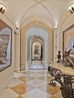 Luxury home in Naples, Florida