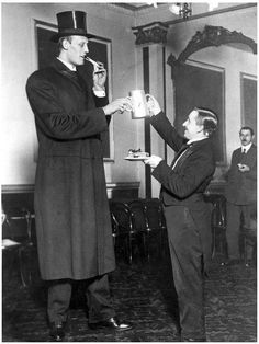 "Albert Johan Kramer was born in Amsterdam, the Netherlands on June 15th, 1897, and died on April 4th, 1976. His birth weight was 19 lbs! At the age of 7 he was said to already be 6' 7"" tall, and at the age of 21 his height was 7' 6"". His final height was 8' 9"", and he weighed 364lbs."