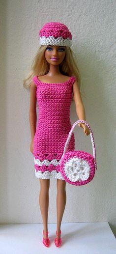 Irresistible Crochet a Doll Ideas. Radiant Crochet a Doll Ideas. Crochet Barbie Patterns, Crochet Doll Dress, Barbie Clothes Patterns, Crochet Barbie Clothes, Clothing Patterns, Coat Patterns, Skirt Patterns, Sewing Patterns, Poupées Barbie Collector
