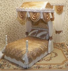 DOLLHOUSE TESTER BEDS