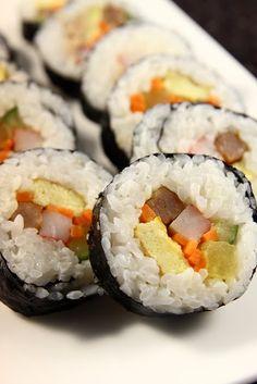 :: Korean Gourmet ::: Kimbap, Kimbab, Gimbap / 김밥