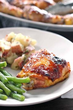 Baked Chicken With Barbecue Sauce Recipe.Oven Baked BBQ Chicken Spoonful Of Flavor. Grilled BBQ Chicken With Homemade BBQ Sauce Video! Oven Baked Bbq Chicken, Oven Chicken Recipes, Bacon Recipes, Cooking Recipes, Barbecue Chicken, Baked Bbq Chicken Thighs, Chicken Gravy, Recipe Chicken, Oven Recipes