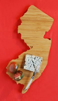 NJ shapped cutting board. Great gift idea for family that moves out of state. Bed bath and beyond has them too