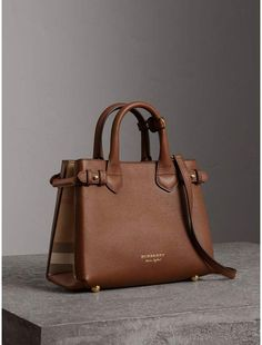 Burberry Small Banner in Leather and House Check