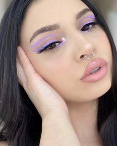 Purple Eye Makeup, Makeup Eye Looks, Colorful Eye Makeup, Eye Makeup Art, Skin Makeup, Eyeliner Makeup, Black Eye Makeup, Retro Makeup, Makeup Trends