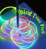 Glow in the dark RIng toss :) Perfect for a Halloween party! Kids love things th. Glow in the dark RIng toss :) Perfect for a Halloween party! Kids love things that glow. Halloween Kids Games www. Disco Party, Glow Party, Party Fun, Rave Party Ideas, 80s Party, Luau Party, Out Door Party Ideas, Donut Party, Fete Halloween