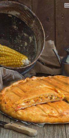 Cómo hacer empanada gallega de bonito y pimientos.
