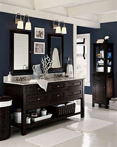 Blue/grey color with dark wood and white. nice and crisp.