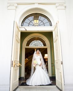 Bridal portraits at the Old Governor's Mansion  Photo by Laura kelley