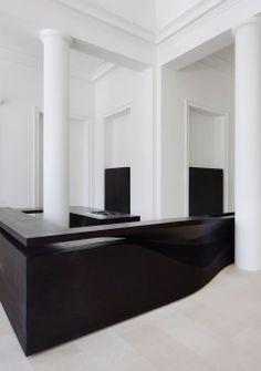 Cuisine minimaliste en noir et blanc | Black and White Minimalist Kitchen