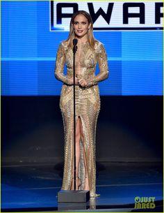 Jennifer Lopez Rocks So Many Different Looks at the AMAs 2015! | jennifer lopez amas 2015 8 outfits 13 - Photo