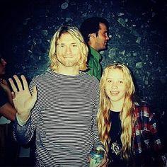 rare photo, Kurt with fans