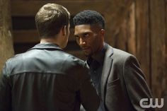 """The Originals -- """"Brotherhood of the Damned"""" -- Image Number: OR212a_0043.jpg -- Pictured (L-R): Joseph Morgan as Klaus (back to camera) and Yusuf Gatewood as Vincent -- Photo: Bob Mahoney/The CW -- ©2015 The CW Network, LLC. All rights reserved.pn"""