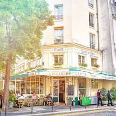 Rue des Barres, Paris, France: A Guide to finding the prettiest streets in the city of Love (including Rue Cremieux, Rue des Barres, Rue Nicolas Flamel) and more!