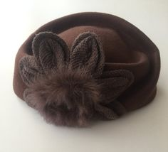 1980s Womens Vintage Hat Pattern Classic Hat by ZeyCollection