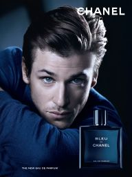 Chanel's New Leading Man Talks Fashion, Fragrance, and the Price of Fame Best Fragrance For Men, Best Fragrances, Pretty Men, Beautiful Men, Gorgeous Guys, Parfum Chloe, Male Model Names, Male Models, Versace Perfume