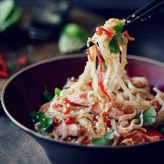 Rice noodles with miso paste and salmon