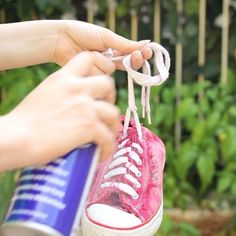 5 surprise uses for wd 40, cleaning tips, how to Wd 40 Uses, Really Good Stuff, Clean Shoes, Cleaning Hacks, Organizing Tips, Helpful Hints, Sneakers, Crafting, Wedding Ring