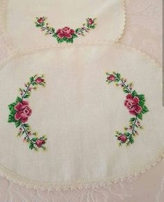 Thread Organization, Stitch 2, Hand Embroidery Designs, Decorating Blogs, Clever Diy, My Flower, Beading Patterns, Cross Stitch Embroidery, Diy And Crafts