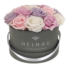 Heinau Pastel Box. Preserved roses in a luxury box.