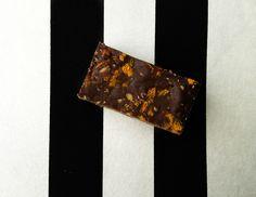 Erdnussbutter-Orangen- Crunchy-Bars        März 1, 2015 Erdnussbutter-Orangen- Crunchy-Bars