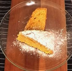Rich, soft, moist, and absolutely delicious. One of the best pumpkin cakes I ever achieved. If you try this you will see that this is not just any moist pumpkin cake recipe, if not THE moist pumpkin cake recipe.