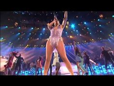 Jennifer López - tribute to Celia Cruz (Live at American Music Awards) American Music Awards, Sound Of Music, Kinds Of Music, Good Music, Jennifer Lopez Marc Anthony, Salsa Outfit, Salsa Music, Latin Music, Hollywood California