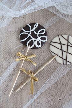 Piruletas de chocolate para fiestas y eventos. To be Gourmet | Recetas de cocina, gastronomía y restaurantes.