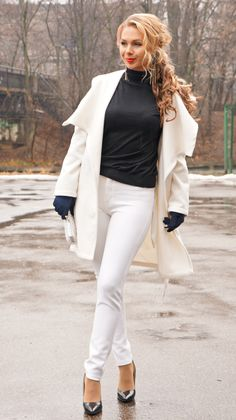 #allwhite #whiteoutfit #lovewhite #style White Outfits, All White, White Jeans, My Style, Lady, Heels, Pants, Fashion, White Rave Outfits