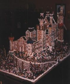 Gingerbread house at Mountain Charley's Restaurant 1979 modeled after Neuschwanstein Castle in Bavaria