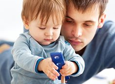 4 tips to help new fathers bond with their babies - Today's Parent Fathers Day Poems, New Fathers, Fathers Day Crafts, Tubal Reversal, Father And Baby, Todays Parent, Parenting Articles, Kids Reading, Baby Names