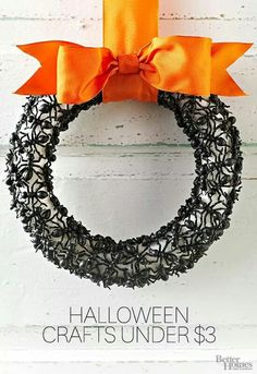 Spider wreath. Halloween. Easy cheap fall decorations. DIY