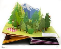 jackie huang - senior project -developing the story of Hansel and Gretel into an eight spread pop-up book.