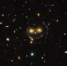 Hubble Sees A Smiling Lens | NASA