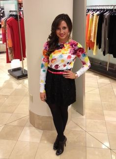 Our Chicago stylist Mallory Sills donned a Prabal Gurung for Target top with a pop of neon in her belt - an easy way to try the bright color trend! Learn more about Mallory at: www.styleforhire....