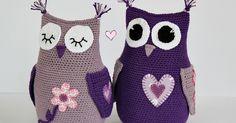 Inspirationsbilder till er som gillar att virka ugglor          Av lite tygbitar har jag klipptut lite applikationersom jag sedan sytt... Owl Crochet Pattern Free, Crochet Owls, Crochet Animals, Free Pattern, Knit Crochet, Owl Crafts, Diy And Crafts, Arts And Crafts, Monster
